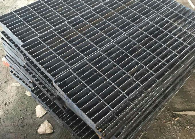 Anti Slide Galvanized Steel Grating , Drain Covers Grates Serrated