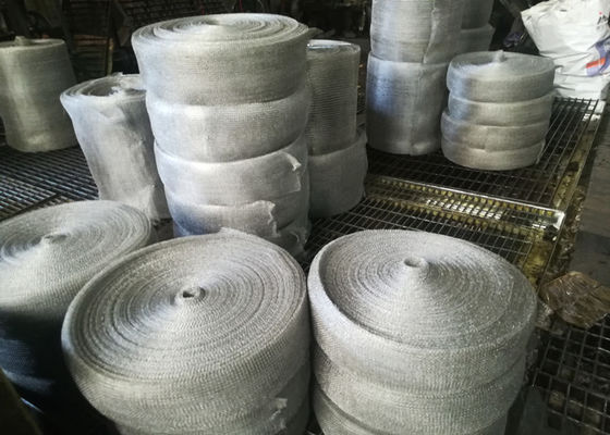China Multifilament Engineering Stainless Steel Knitted Mesh For Shielding / Filtering supplier