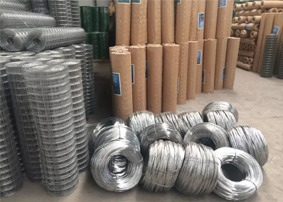 Poultry Case Galvanized Square Mesh Wire , Netting Electro PVC Coated Wire Mesh